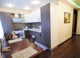 Снять - фото. Снять двухкомнатную квартиру посуточно без посредников, Екатеринбург, улица Короленко, 10 - фото.