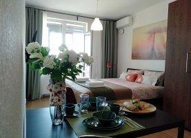Снять от хозяина - фото. Снять однокомнатную квартиру посуточно от хозяина без посредников, Санкт-Петербург, Новолитовская улица, 12 - фото.