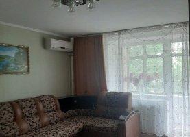 Снять от хозяина - фото. Снять трехкомнатную квартиру посуточно от хозяина без посредников, Краснодарский край, улица Луначарского, 143 - фото.