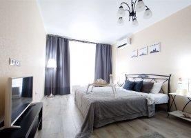 Сдам в аренду 1-комнатную квартиру, 41 м2, Краснодар, Красная улица, 176лит4
