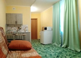 Снять - фото. Снять квартиру студию посуточно без посредников, Тюмень, улица Карла Маркса, 12 - фото.